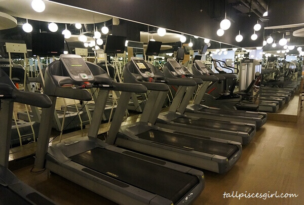 Treadmill machines @ Phillip Wain