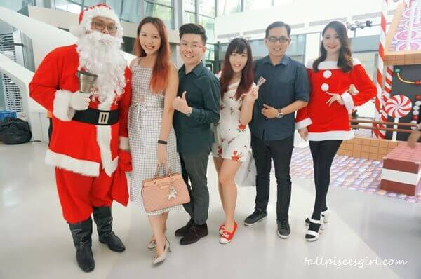 Good Coffee Day 2.0 made merrier with Santa and Santarina