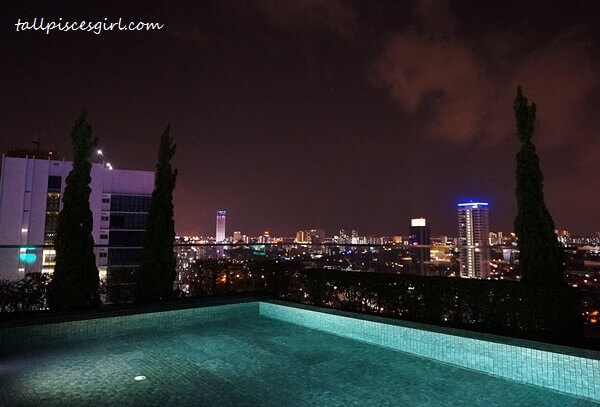 Rooftop Infinity Pool @ G Hotel Kelawai