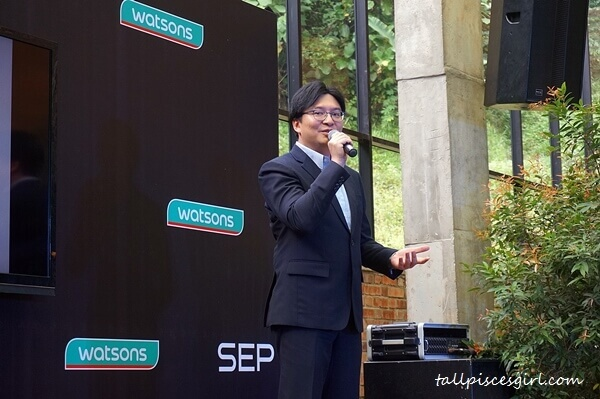 Mr. Yong Jin Lee, Managing Director of CJ IMC South East Asia came to Malaysia to celebrate the arrival of SEP Jeju Mask Pack