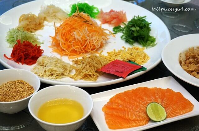Zuan Yuan Chinese New Year Set 2017 - Yee Sang with Salmon