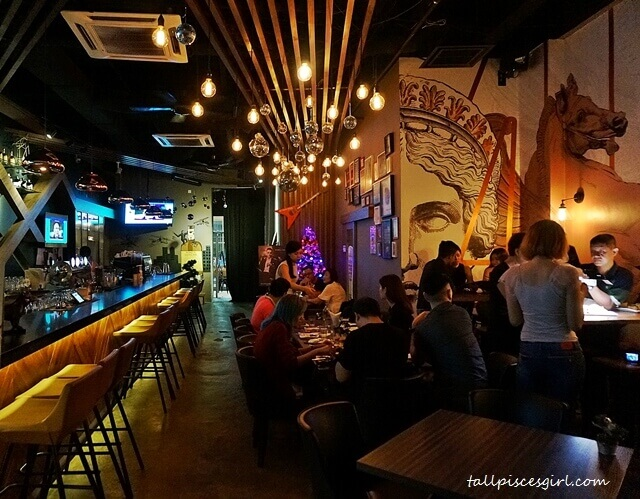 The Eighth Avenue Bar & Resto has an inviting, cozy aura