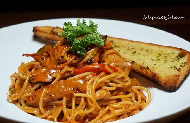 Oink Oink Sambal Pasta (Price: RM 29.90)