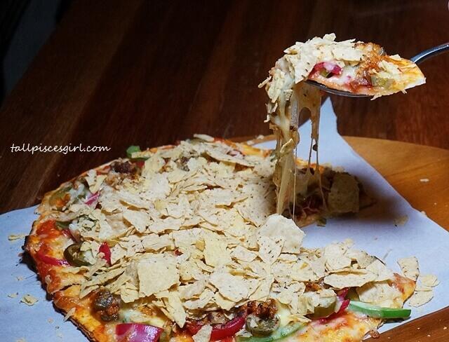 Mission Chilli A-Con-Plished Pizza (Price: RM 26.90)