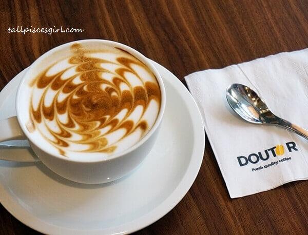 Classic Latte (Price: RM 12)