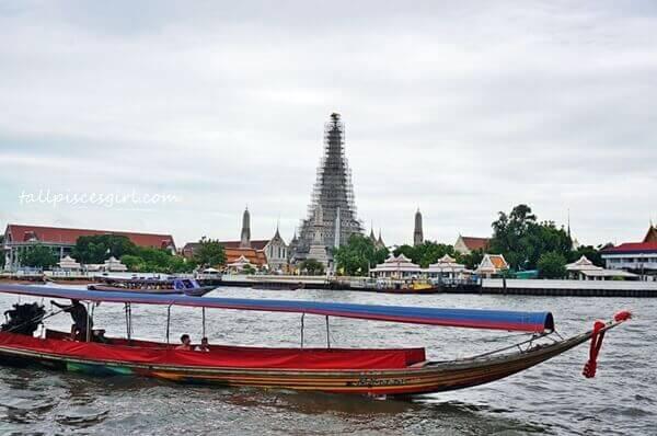 Wat Arun is undergoing maintenance so we just hung around at Wat Pho