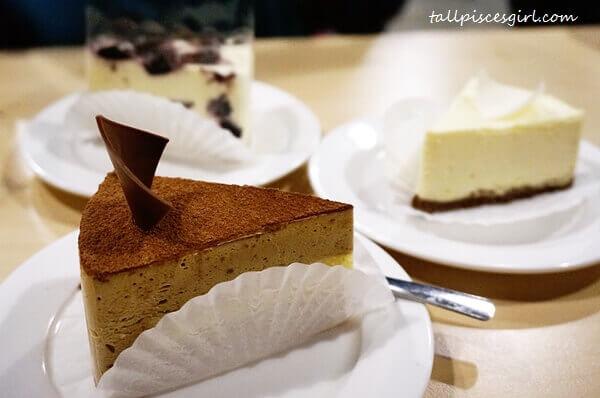 Cakes (Price: RM 8.90 - RM 9.90)