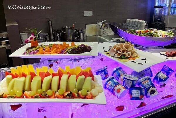 Buffet Breakfast at Executive Lounge ON 23