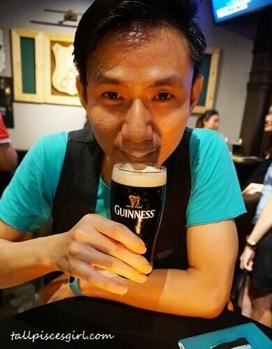 "Remember ""Got Milk"" ad? This is ""Got GUINNESS"" ad. HAHAHA!"
