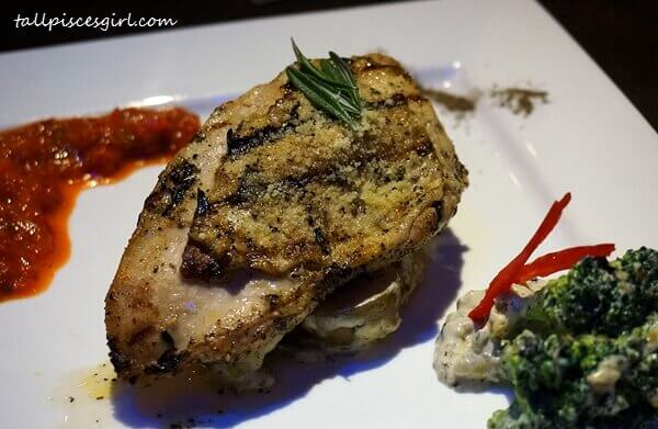 Rosemary Parmesan Crusted Chicken (Price: RM 22)
