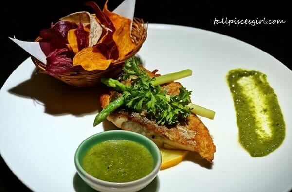 Pan Fried Sea Bass with Green Curry (Price: RM 37.80)