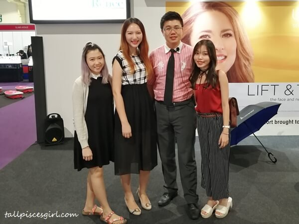 Bloggers at Ultherapy Talk