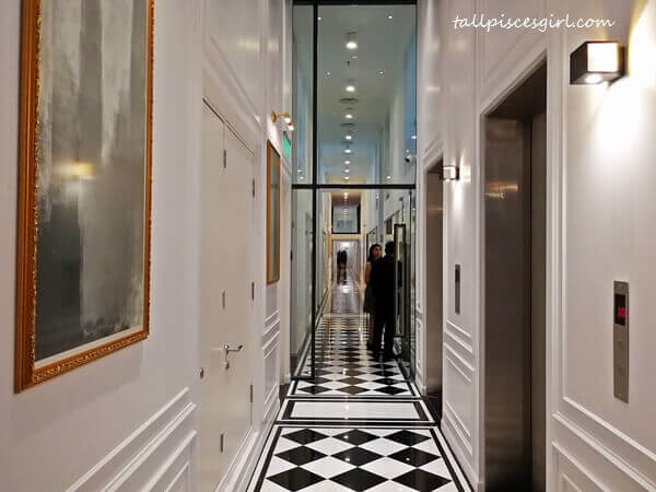 The (hall)way to your dream office