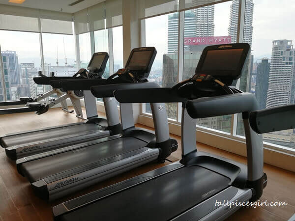 Indoor Gym @ Colony Space, Vipod