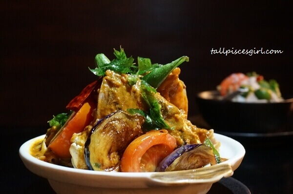 Shiok Malaysia Buffet - Fish Head Curry Kandar Style