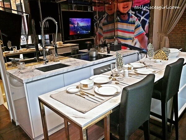 Rencana Royale: Kitchen area