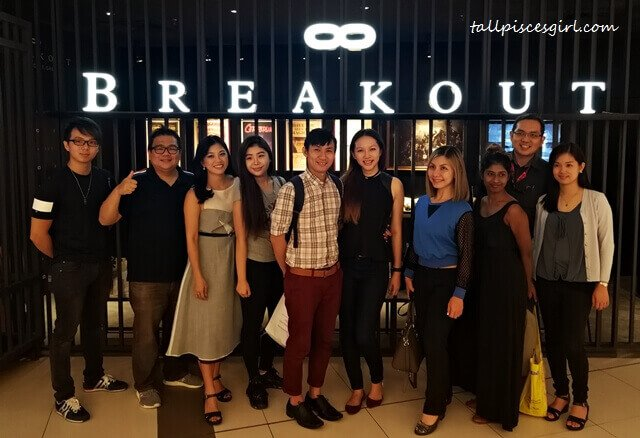 The Entertainer Bloggers at Breakout Avenue K