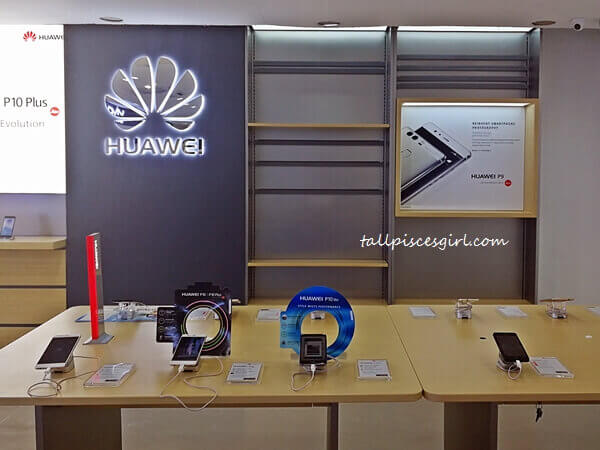 Huawei section @ Mobile2Go PJ