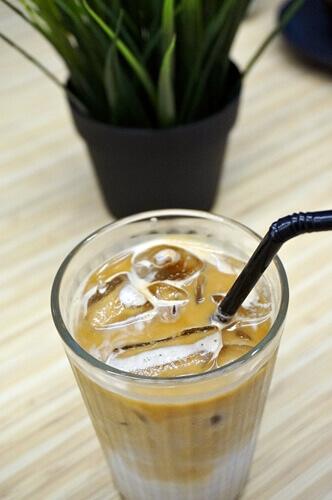 Iced Latte (Price: RM 11)