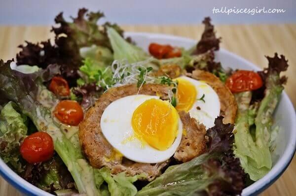 Scotch Egg Salad (Price: RM 15)