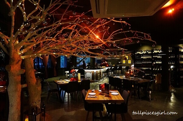 Feel the romance and elegant ambiance at Cincin Wine Bar & Grill, Cheras