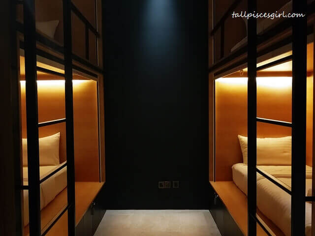 Single Pod Side Entry @ The Bed KLCC