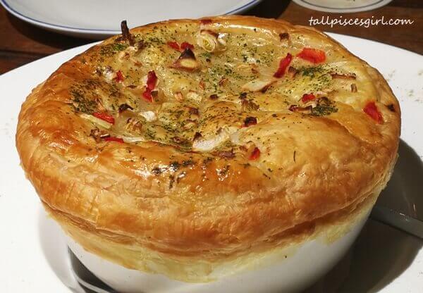 Farmer's Chicken Pie (Price: RM 26)
