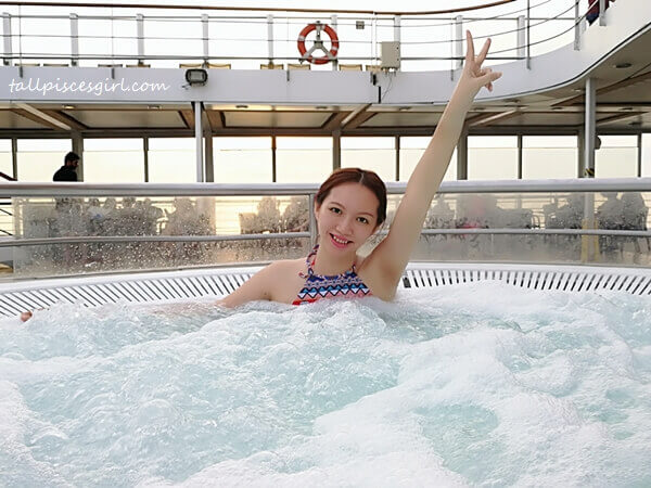 Say YAY to cruise life @ Jacuzzi hydro massage baths