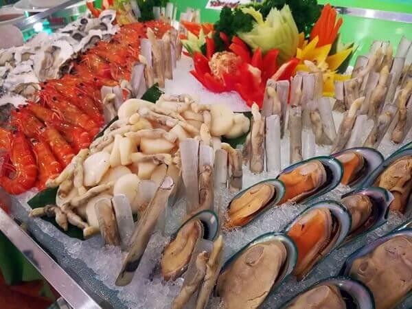 Christmas Cold Seafood on Ice
