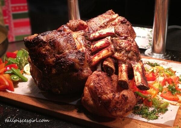 Roast prime beef ribs
