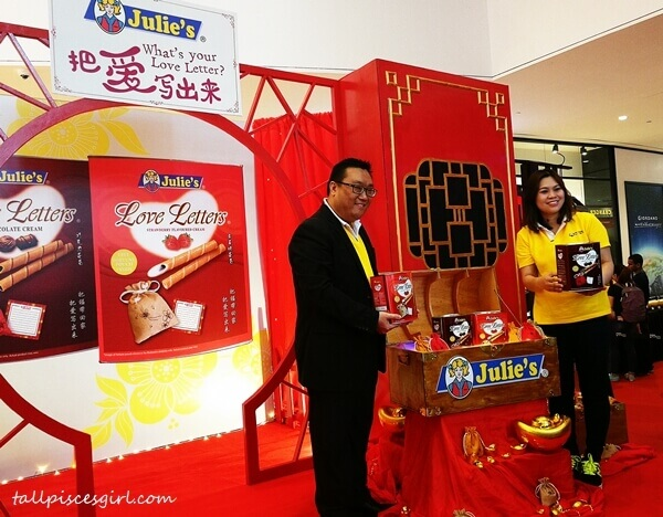 Julie's Malaysia Senior National Sales Manager, Mr. Dennis Swee Jing Wei officiated the CNY campaign