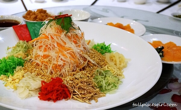 Yee Sang @ Dynasty Restaurant, Renaissance Kuala Lumpur