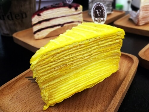 Vanilla Mille Crepe: Lemon Cheese