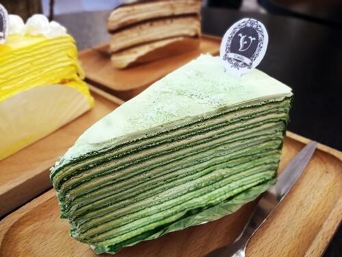 Vanilla Mille Crepe: Uji Matcha Green Tea