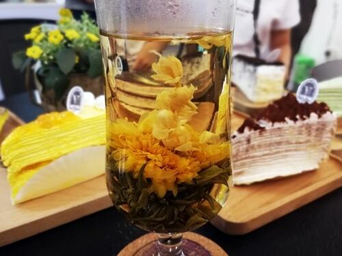 Flower Tea @ Vanilla Mille Crepe