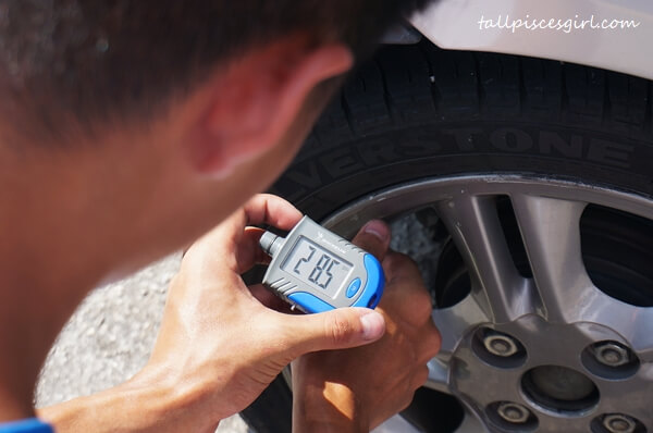 Refer on the side of driver's seat for recommended tyre pressure