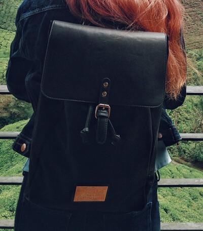 Gaston Luga Classy backpack in Black