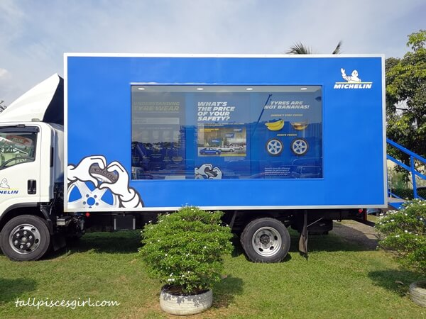 MICHELIN Safe On The Road Truck