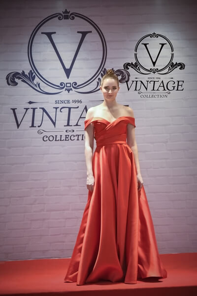 Vintage Collection International - Evening Gown Rental Service and Sales 2