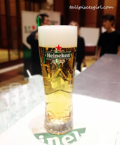 This is how a perfect pour looks like, as poured by Thomas Ling, HEINEKEN Malaysia's Star Academy Trainer