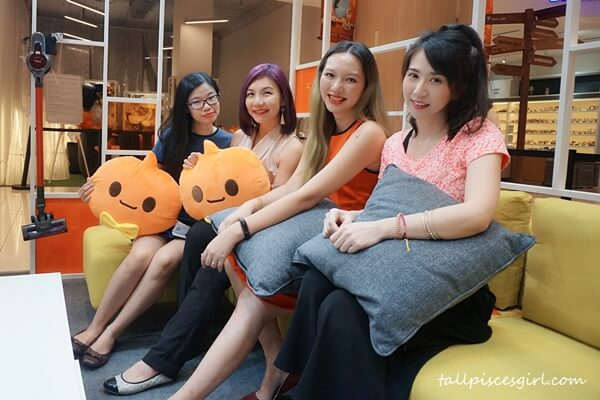 Happy bloggers @ Taobao Home Pop Up Store, Lot 10