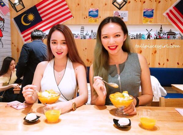 Kylie Lim & Charmaine Pua @ Mango Cottage by Hui Lau Shan