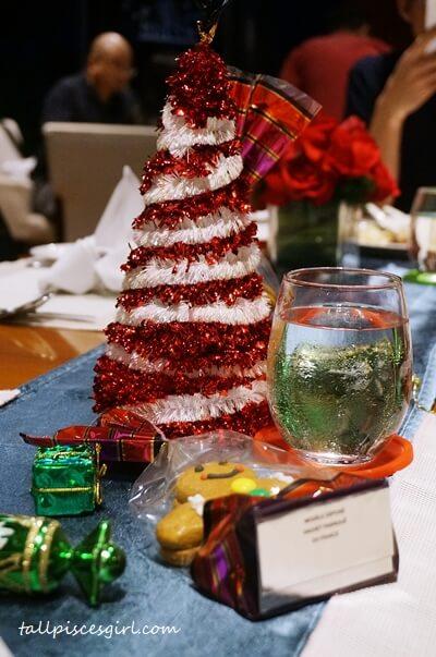 Beautiful table setting for Christmas @ Cinnamon Coffee House, One World Hotel
