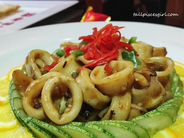 Stir-fried Squid with Szechuan Sauce
