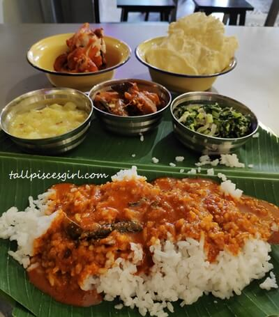 Banana Leaf Rice with 3 types vegetables and curry sauces at BaRnanaLeaf (Price: RM 9.50)