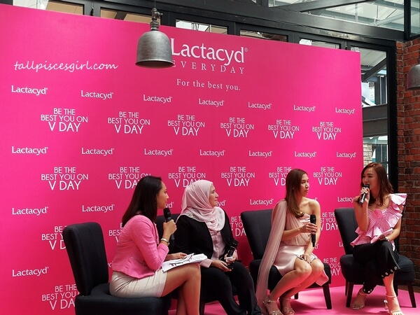 Juanita Ramayah, former HITZ radio host and current TV host; Datuk Dr. Nor Ashikin Mokhtar, an obstetrics and gynaecology specialist; Ms. Maynart Messomonta (Palm), the Marketing Director of Lactacyd Malaysia; Weena Marcus, Miss Tourism Malaysia 2009/2010, and beauty lifestyle influencer