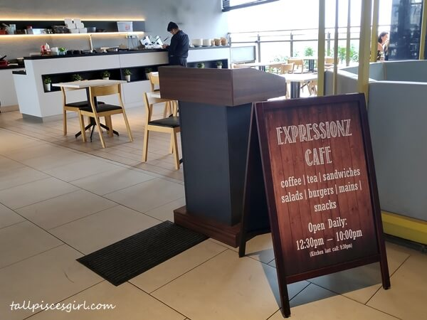Expressionz Cafe