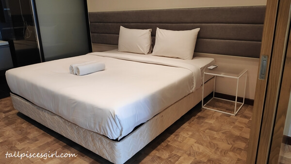 King Bed in Junior Suite @ Expressionz Suites, Jalan Tun Razak