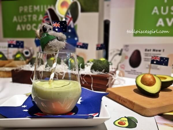 Malaysian Avocado Smoothie by Alexandra Prabaharan
