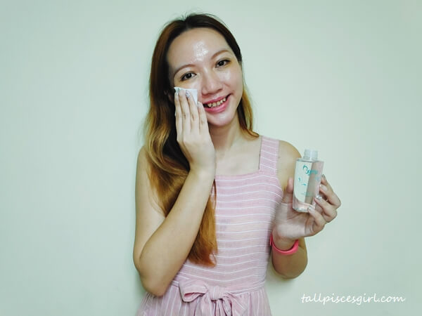 Using Byme Radiant Glow Gentle Cleansing Water